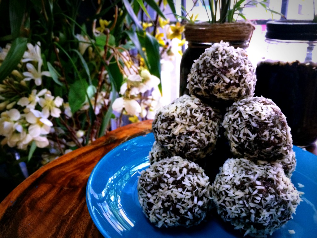 Easy & Delicious No Bake Protein Balls