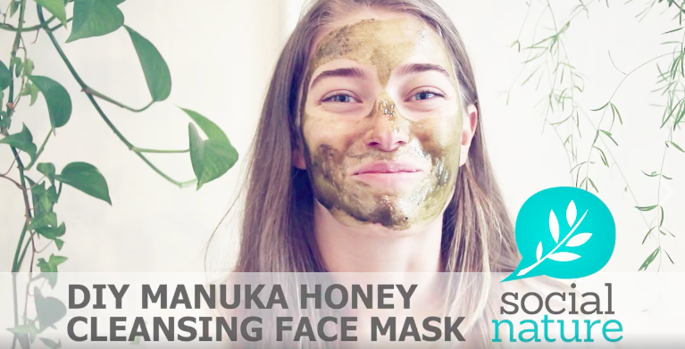 Manuka Honey Cleansing Face Mask